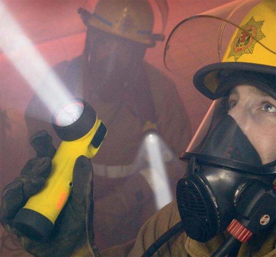 Индивидуальный фонарь для пожарных TR-24